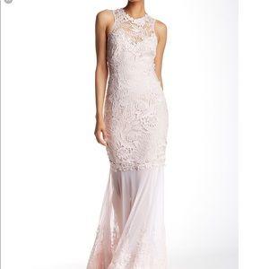🆕 LIPSY LONDON VIP blush lavender lace gown- Sz 6
